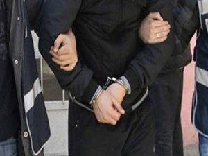 Ankara'da Otobüs Durağında Yankesicilik Yapan Hırsız Tutuklandı!