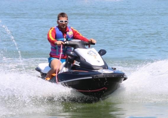 Antalya'da Jet-Skiler Kafa Kafaya Çarpıştı: 1 Turist Hayatını Kaybetti