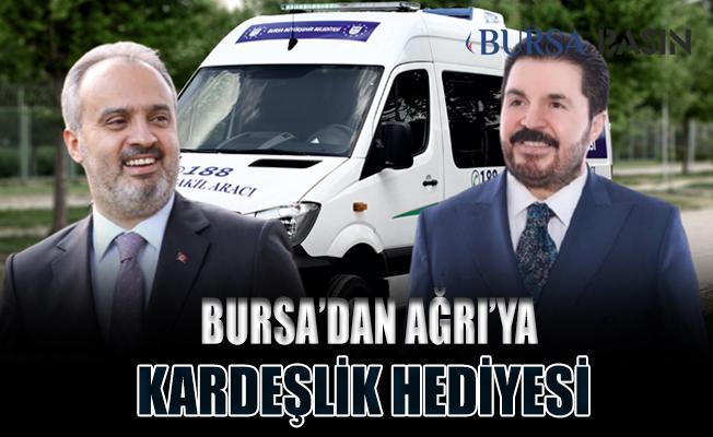 Başkan Aktaş Ağrı Belediyesi'ne Araç Hediye Etti