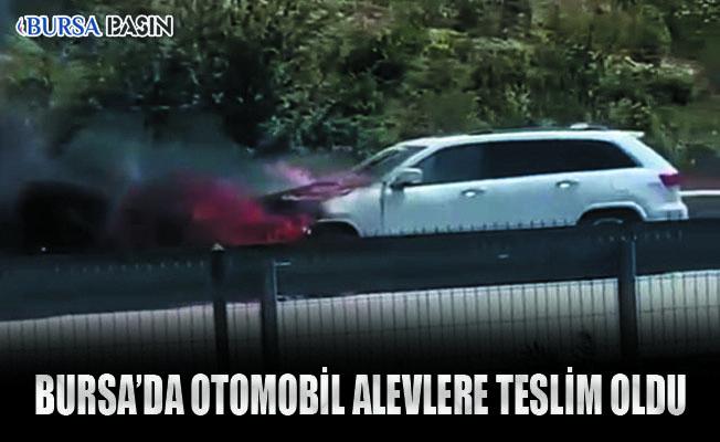 Bursa'da Motor Arızası Veren Otomobil Alev Topuna Döndü