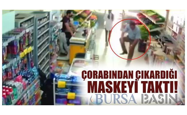 Bursa'da Çorabından Çıkardığı Maskeyi Takan Adam Şaşırttı!
