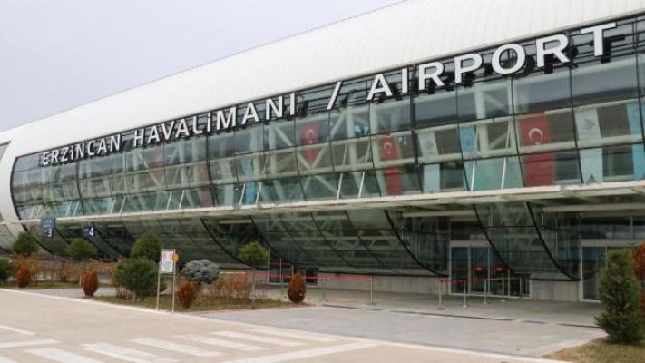 Eski Başbakan Akbulut'un Adı Erzincan Havalimanı'na Verildi