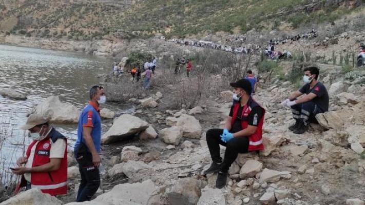 Siirt'te Serinlemek İçin Girdiği Barajda Boğuldu