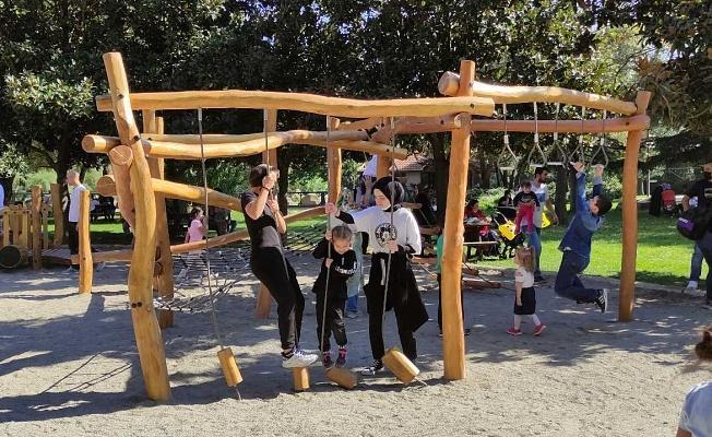 Bursa'da Hayvanat Bahçesinde Yapılan Parkur Çocukların Eğlence Durağı Oldu