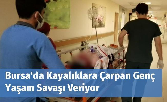 Bursa'da Kayalıklara Çarpan Genç Yaşam Savaşı Veriyor