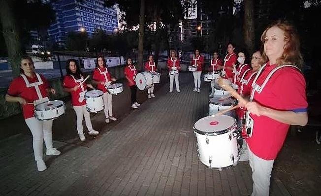 Bursa'nın Nilüfer ilçesinde kadınlar gönüllü bando kurdu