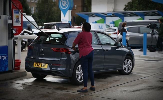 İngiltere'yi yakıt krizi vurdu: Kanser hastalarının randevuları ertelendi