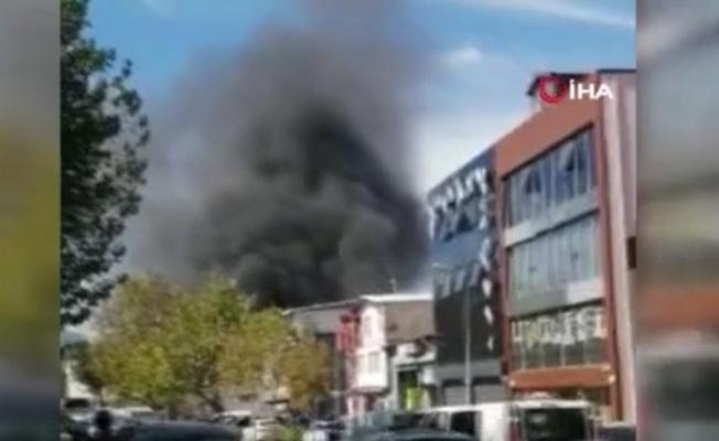 Bursa'da Tekstil Atölyesinde Yangın