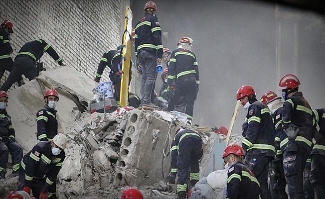Gürcistan'da 7 katlı bina çöktü: 5 kişinin cansız bedenine ulaşıldı