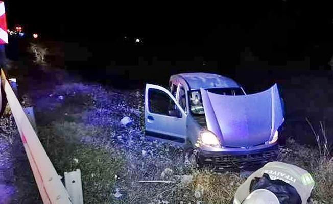 İnegöl'de araç şarampole yuvarlandı! 3 Yaralı
