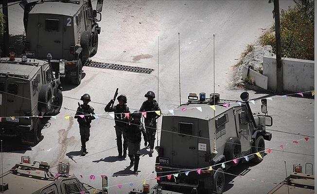 İsrail ordusu anne ve bebeğe saatlerce eziyet etti