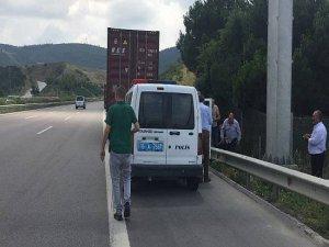 Bursa'da tır şoförü otoyol kenarında ölü bulundu