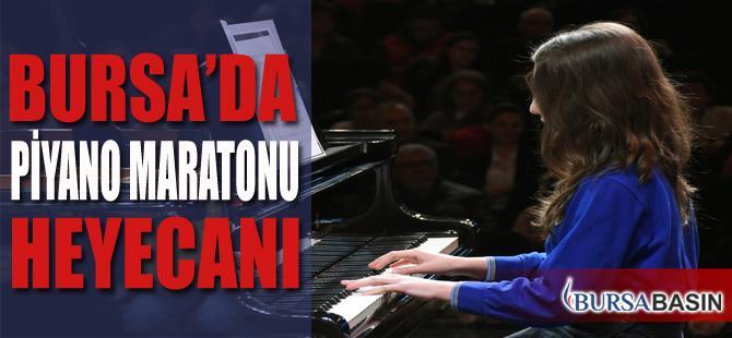Bursa'da 1.100 Piyanistin Muhteşem Performansı
