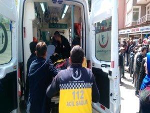 İznik'te Kucağında Torunuyla Karşıdan Karşıya Geçen Kadına Araç Çarptı
