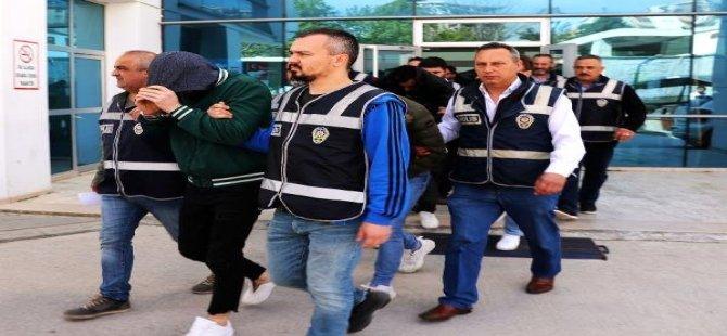 Bursa'da Fuhuş Çetesine Operasyon Sonucu 11 Kişi Gözaltına Alındı