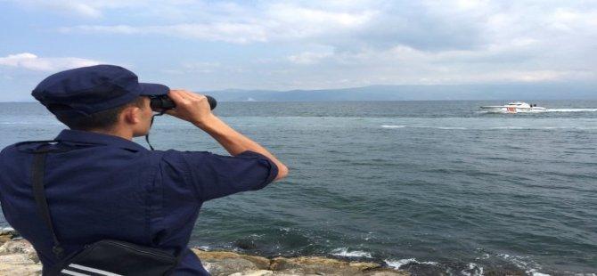 Bursa'da Denizde Kaybolan Vatandaşları Arama Çalışmaları Devam Ediyor