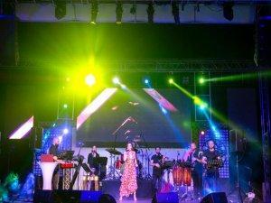 Uluslararası Bursa Festivali Hande Yener Konseri İle Sona Erdi