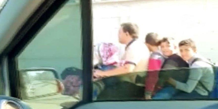 Bursa'da Motosiklet İle Çocuklarını Okula Götüren Baba Şaşkınlık Yarattı