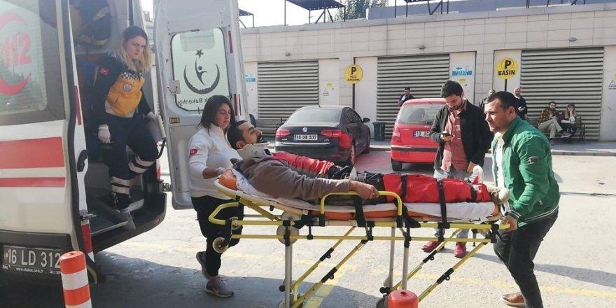 İnegölde Üzerine Sunta Tabakası Devrilen İşçi Yaralandı