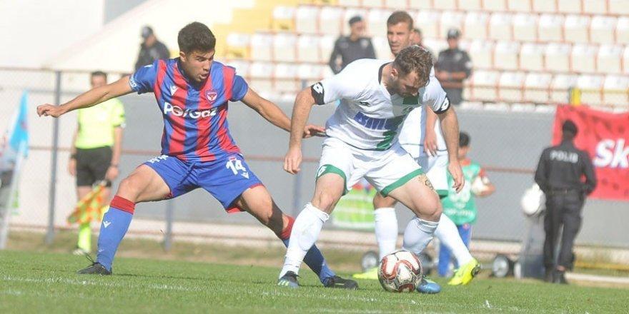 Tff 2. Lig: Niğde Anadolu Fk: 1 - Sakaryaspor: 2
