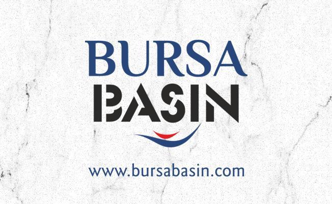 Bursa'da Kontrolden Çıkan Araç Refüje Çarptı: 1 Yaralı